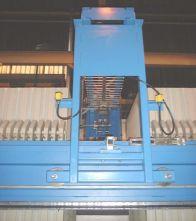 Automatická myčka plachetek Latham International